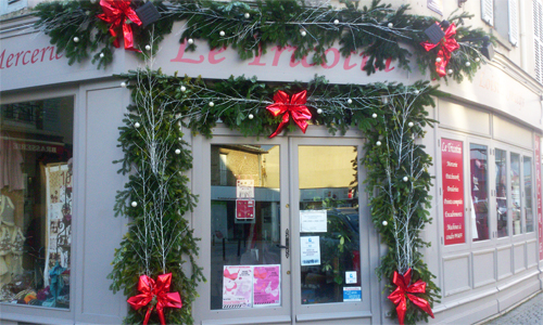 Decoration de noel pour vitrine magasin - Decoration noel exterieur professionnel ...